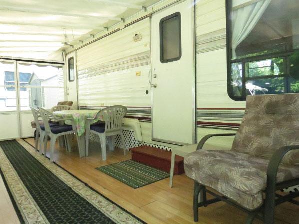 Roulotte à louer du Camping Wigwam
